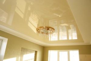 Натяжные потолки как одно из самых интересных дизайнерских решений