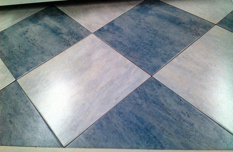Где чаще всего используют керамическую плитку?