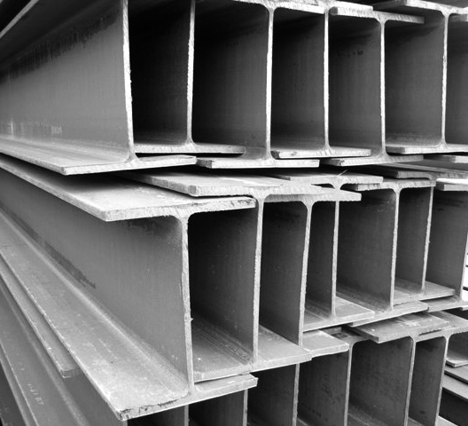 Как выбрать и где купить сварные и прокатные стальные балки?