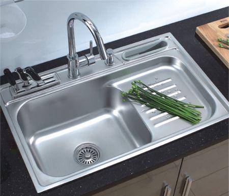 Кухонная мойка и ее материал
