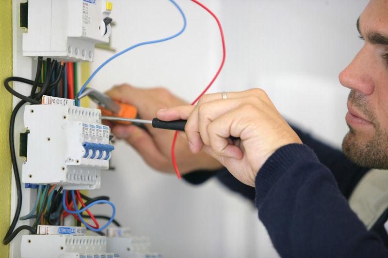 Электромонтаж при производстве строительных работ