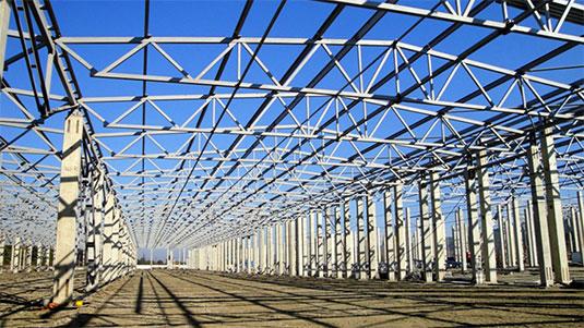Чем отличаются разные технологии монтажа металлоконструкций