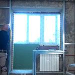 Какие нюансы учесть во время ремонта для оформления комнаты в стиле хай-тек?