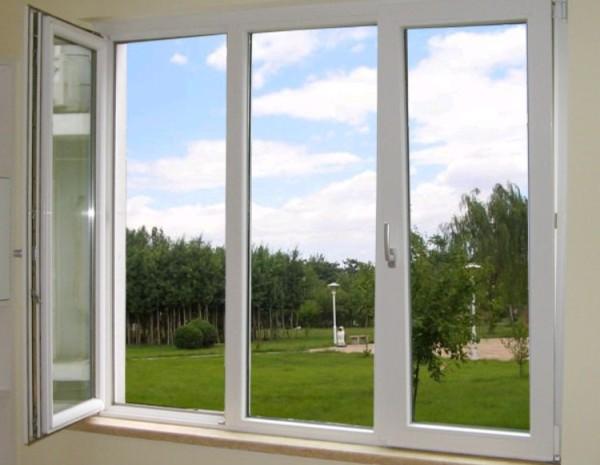 Пластиковые окна наиболее подходящее решение для жилого помещения