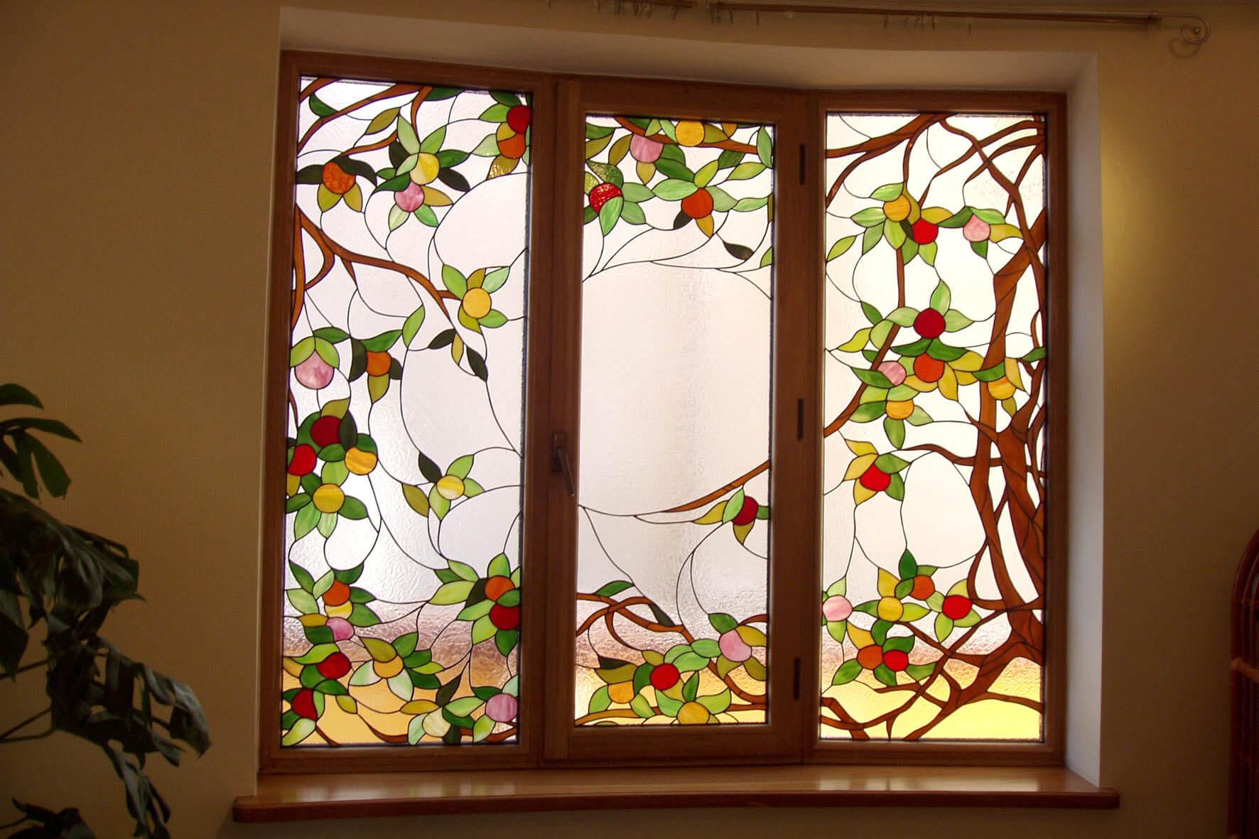 Как с помощью пленки сделать витражные окна