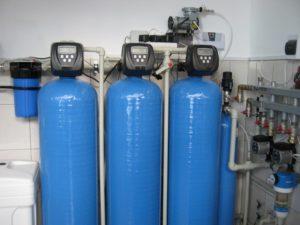 Какие особенности системы очистки воды для коттеджа