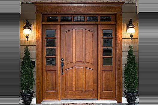 На что обратить внимание, выбирая деревянные двери