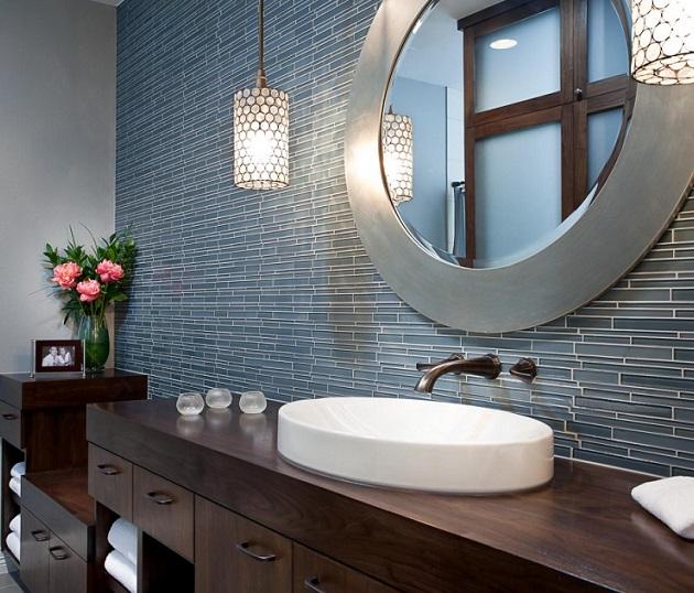 Какое зеркало выбрать в ванную