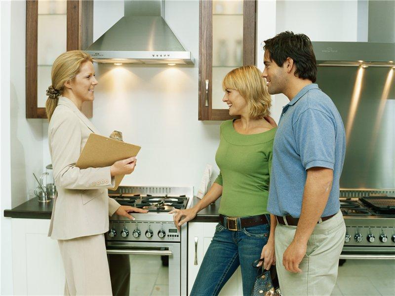 Профессионалы готовы помочь с покупкой новой квартиры