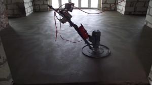 Сухая стяжка пола: преимущества использования при ремонте квартир
