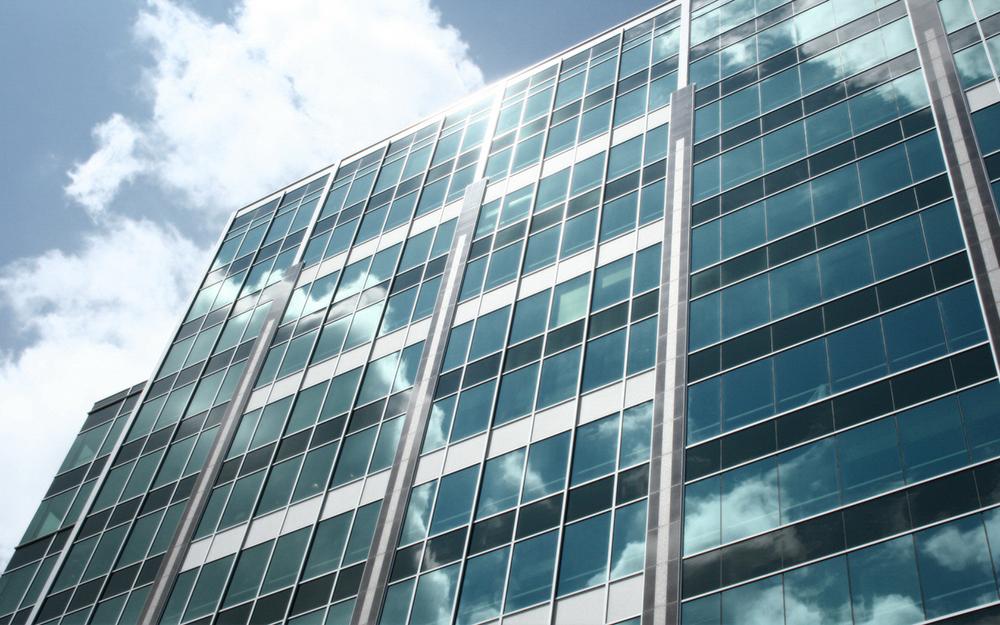 Один из наиболее востребованных видов остекления фасадов зданий