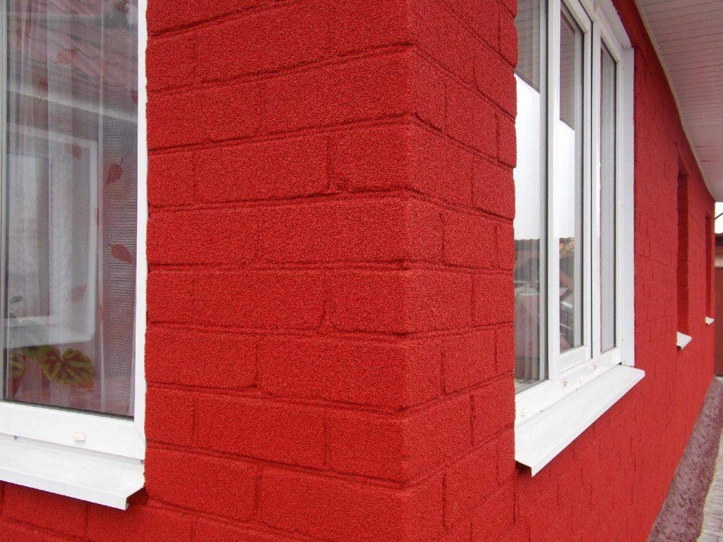 Акриловая фасадная краска: характеристики и специфика использования
