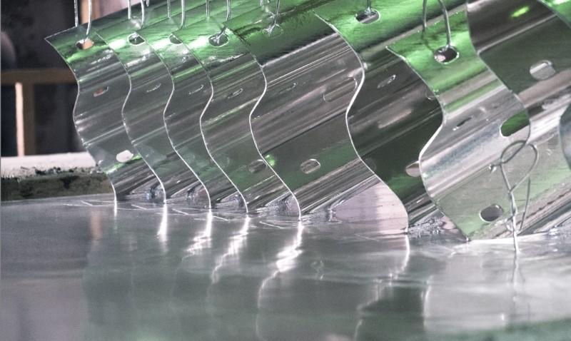 Для чего производится цинкование металла
