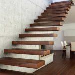 Как выбрать конструкцию лестницы для дома