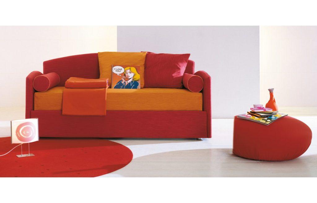 Продуманные и стилизованные детские диваны от «Ricco Saloni-home»