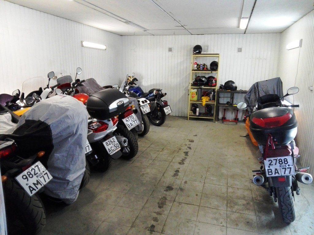 Сезонное хранение мотоцикла: правила хранения и полезные советы