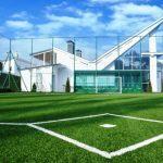 Зачем нужно устанавливать специальное ограждение для спортивных площадок?